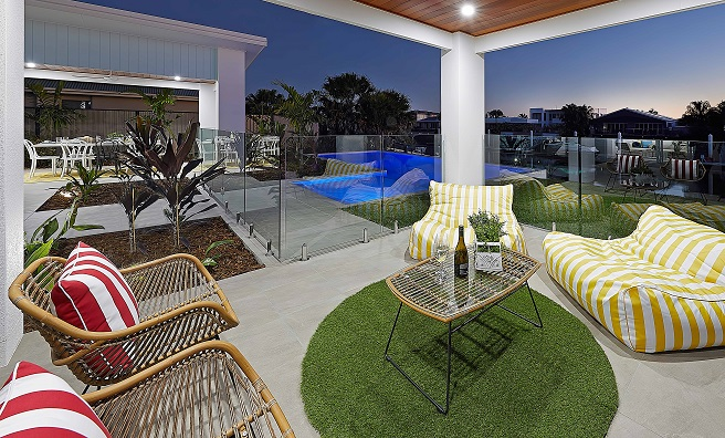 Outdoor setting with pool view